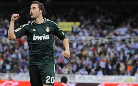 Higuain: in order to shine properly, he needs to find the right podium.