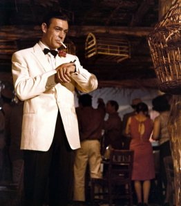 618w_james_bond_in_pictures_2