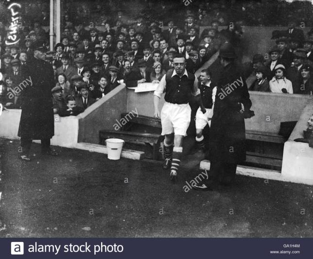 Joe Hulme at Highbury (3)