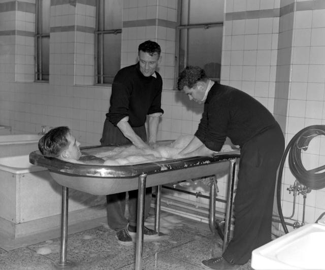 Doug Lishman taking a foam massage bath (1)